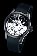 upload/pressroom/Flieger_Black_Cockpit_GMT/FORTIS-672-18-11-K-black_back.jpg