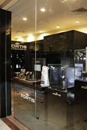 upload/News/2012-04_FORTIS_Shop/FORTIS-Store-4.JPG